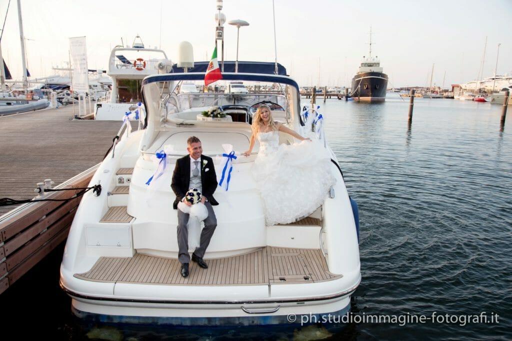 Matrimonio In Yacht : Matrimonio in barca gf regardsdefemmes