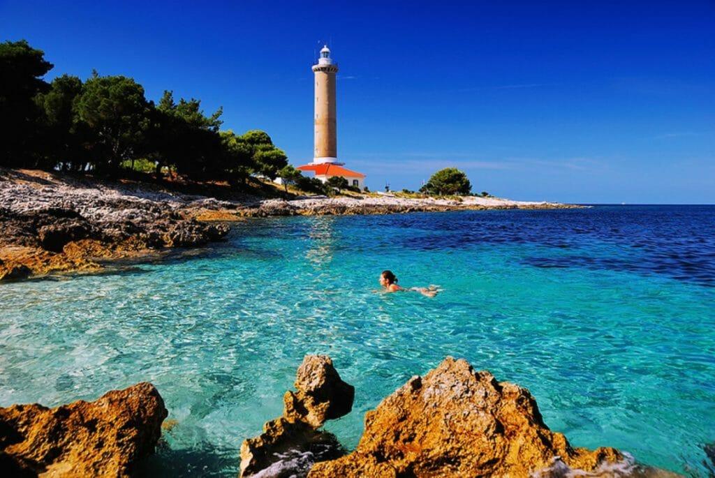 vacanza croazia faro veli rat