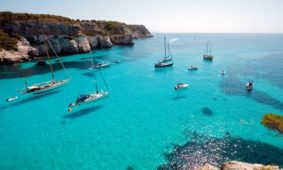 Grecia in barca a vela, una vacanza mitologica